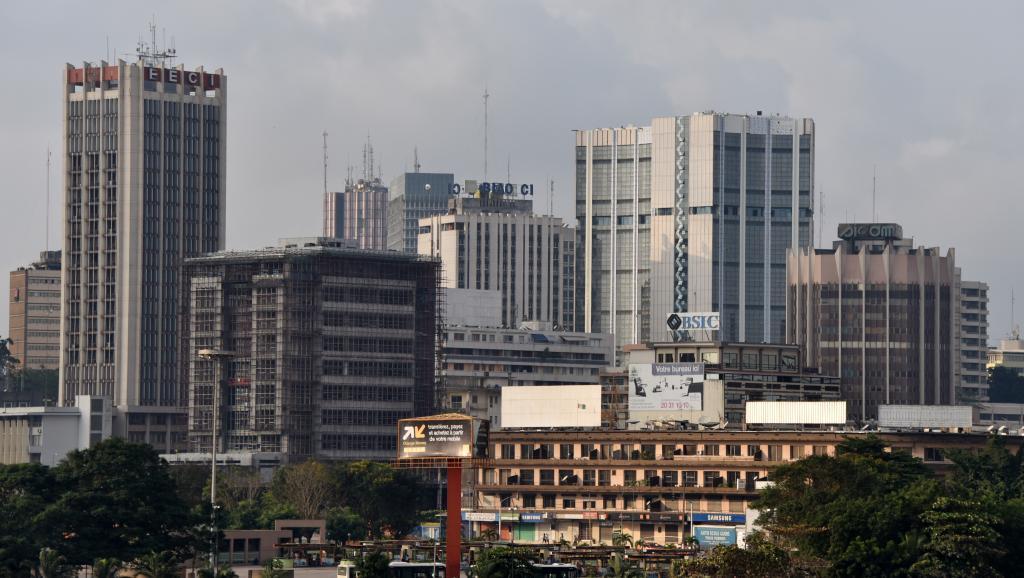 AFRIQUE ÉCONOMIE PodcastFinancement des partis politiques (série 4/5): l'argent de l'étranger