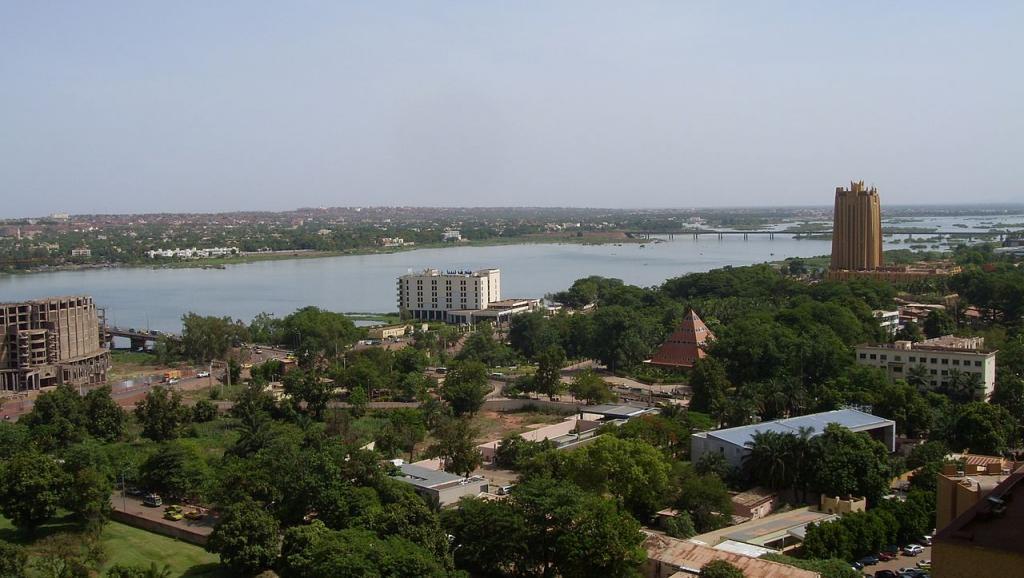 Mali: le ministère de la Défense annule des dizaines de contrats