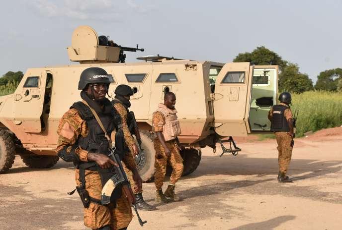 Au Burkina Faso, l'armée démunie face au péril djihadiste